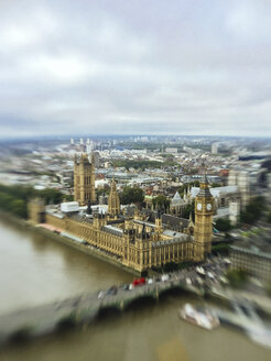 Aerial view of Big Ben and Westminster in London - GIOF000129