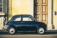 Italy, Florence, black Fiat 600 parked on the street - GEM000441