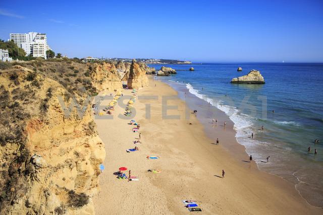 Portugal, Algarve, Beach near Portimao - VT000446 - Val Thoermer/Westend61