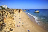 Portugal, Algarve, Beach near Portimao - VT000446
