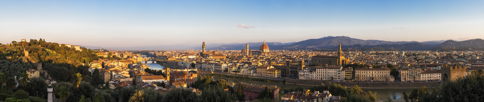 Italy, Tuscany, Florence, Cityscape, panorama in the evening - FOF008293
