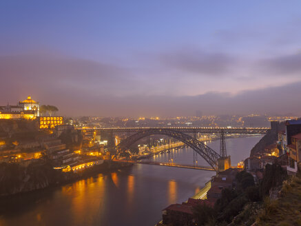 Portugal, Grande Porto, Porto, Luiz I Bridge and Douro river, Mosteiro da Serra do Pilar in the evening - LAF001508