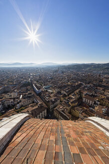 Italy, Tuscany, Florence, City view against the sun - FOF008332