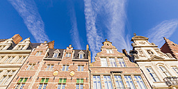 Belgium, Ghent, old town, Korenlei, row of historical houses - WDF003355