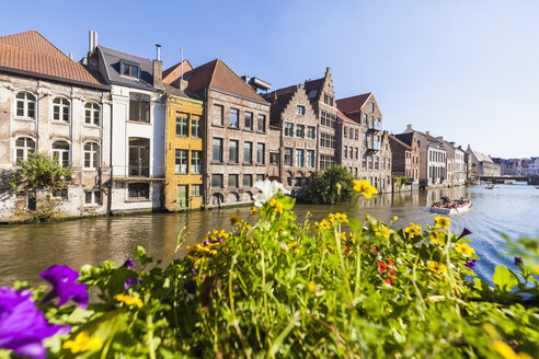 Belgium, Ghent, old town, houses at River Leie - WDF003364