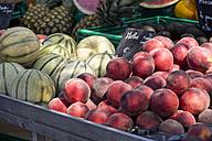France, Bormes-les-Mimosas, fruit stall - JUNF000447