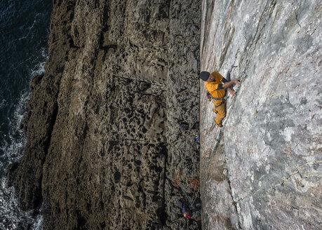 United Kingdom, Pembroke, Mother Carey's Kitchen, Rock climbing - ALRF000083