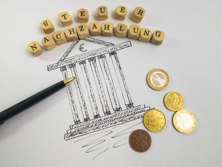 Drawing of a tax office, ballpen, alphabet cubes and coins - AMF004538