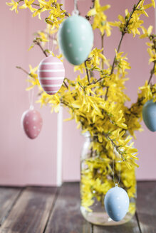 Bunch of Forsythia and colourful Easter eggs - SBDF002557