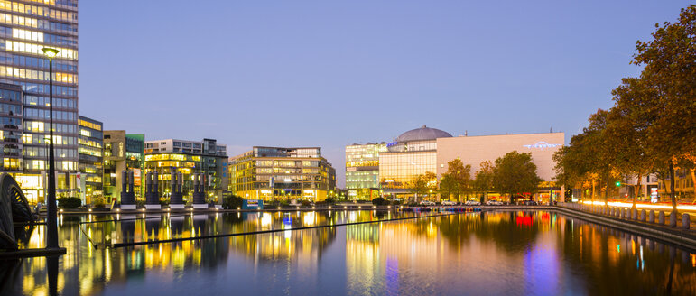 Germany, Cologne, Media park in the evening - WG000788