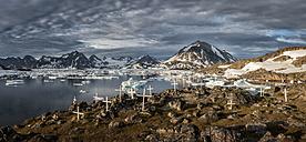 Greenland, Schweizerland Kulusuk, grave yard - ALRF000236