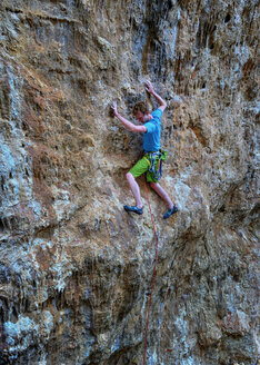 Malta, Gozo, San Blas, rock climber - ALRF000272