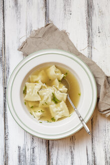 Soup dish of Swabian pockets soup - SBDF002596