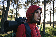 Spain, Catalunya, Girona, female hiker in the nature - EBSF001160