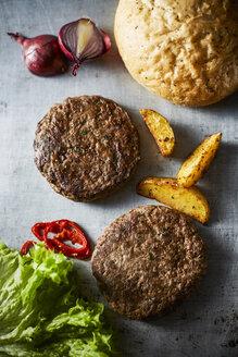 Cheeseburger and potato wedges - KSWF001729