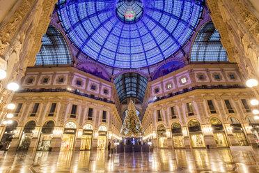 Italy, Milan, Galleria Vittorio Emanuele II - DAW000411