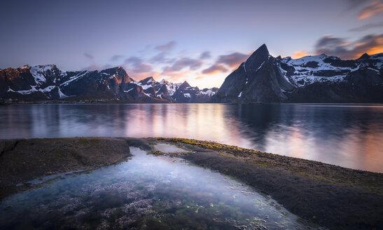 Norway, Lofoten, Reinebringen Fjord - STCF000131