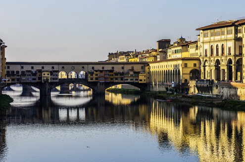 Italy, Tuscany, Florence, Arno River and Ponte Vecchio - THAF001554