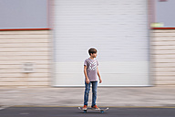 Boy driving on his skateboard - SIPF000043