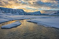 Norway, Lofoten Islands, Utakleiv beach at sunrise in winter - LOMF000178