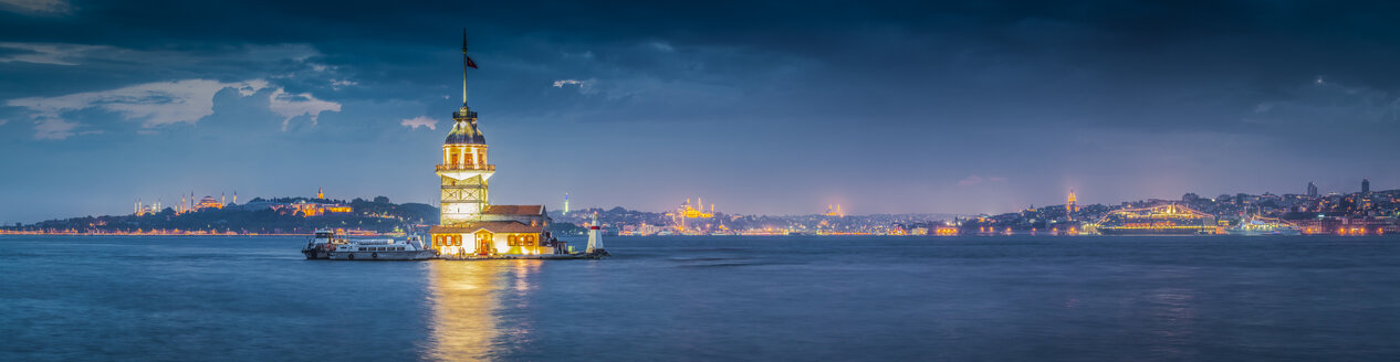 Turkey, Istanbul, view to lighted Maiden's Tower - MDIF000030