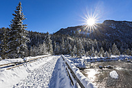 Germany, Upper Bavaria, between Vorderriss and Wallgau, Upper Isar valley in winter - STSF000995
