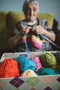Box of different balls of wool - RAEF000807