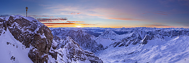 Germany, Bavaria, sunrise on Zugspitze, view on summit, Jubilaeumsgrat and Mieminger Range - STSF001001