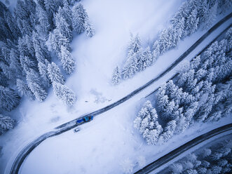 Germany, Bavaria, Rossfeldstrasse, alpine road and snowplough in winter - STCF000148