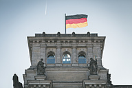 Germany, Berlin, German flag on Reichstag - ASCF000471