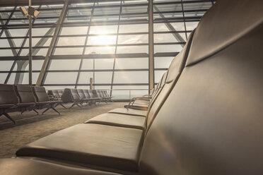China, Shanghai, Empty waiting area at Pudong Airport - NK000453