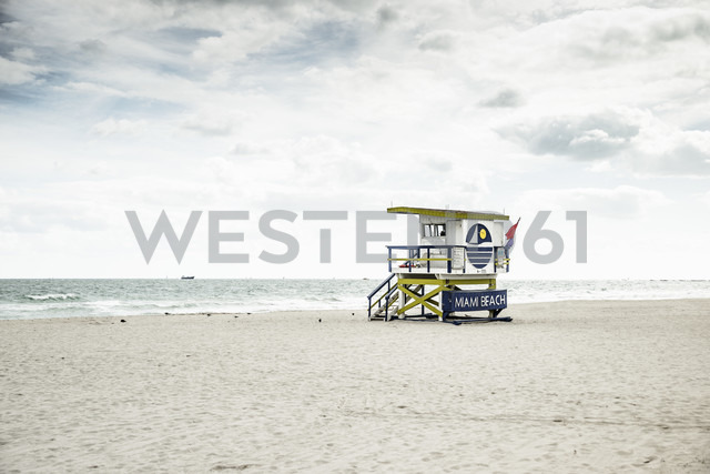 USA, Miami, view to attendant's tower on the empty beach at a stormy day - CHPF000220