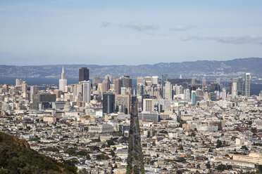 USA, San Fransisco, view to the city from Twin Peaks - NGF000270