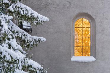 Germany, Meersburg, Close up of window of Meersburg Castle - SHF001834