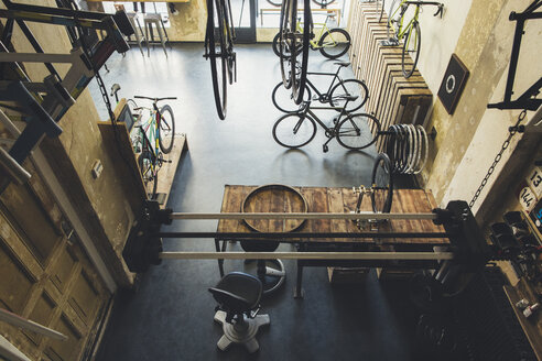 Assortment of bicycles in a custom-made bicycle store - JUBF000117