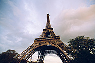 France, Paris, Eiffel Tower - KIJF000147