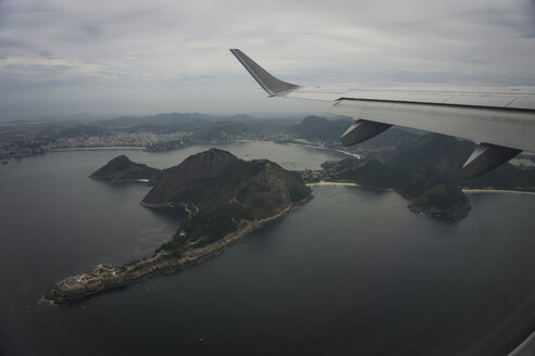 Brazil, Rio de Janeiro, view to the city from airplane - MAUF000246