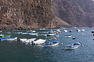 Spain, La Gomera, Fishing harbour in Vueltas - SIEF006949