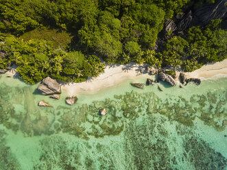 Seychelles, La Digue Island, Anse Source D'Argent, Aerial view of beach - FOF008412