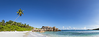 Seychelles, La Digue, Indian Ocean, Anse Cocos, Panoramic view of beach - FOF008418