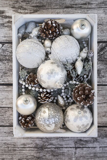 Wooden box of Christmas decoration - LVF004543
