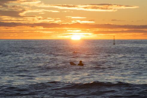 Surfer at sunrise - SKCF000070