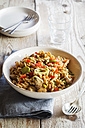 Whole meal pasta salad with champignons and bell pepper - EVGF002823