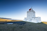 Iceland, Dyrholaey, view to lighthouse - EPF000021
