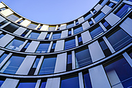 Germany, Hamburg, part of facade of modern office building - HOHF001398