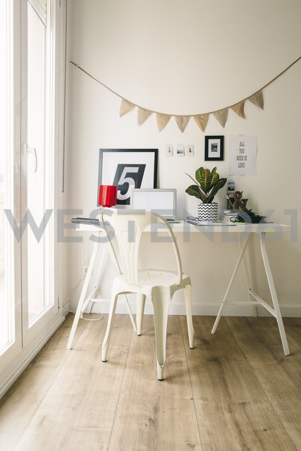 Workplace at home office - EBSF001270 - Bonninstudio/Westend61