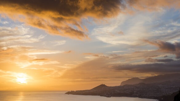 Portugal, Madeira, Funchal at sunset - MKFF000270