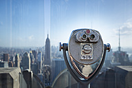 USA, New York City, Manhattan, coin-operated binoculars at observation point, close-up - HSIF000424