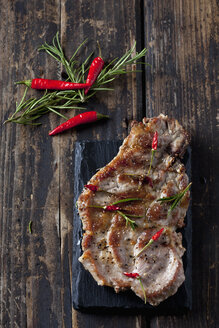 Pork collar cutlets with herbs and spices - CSF027339