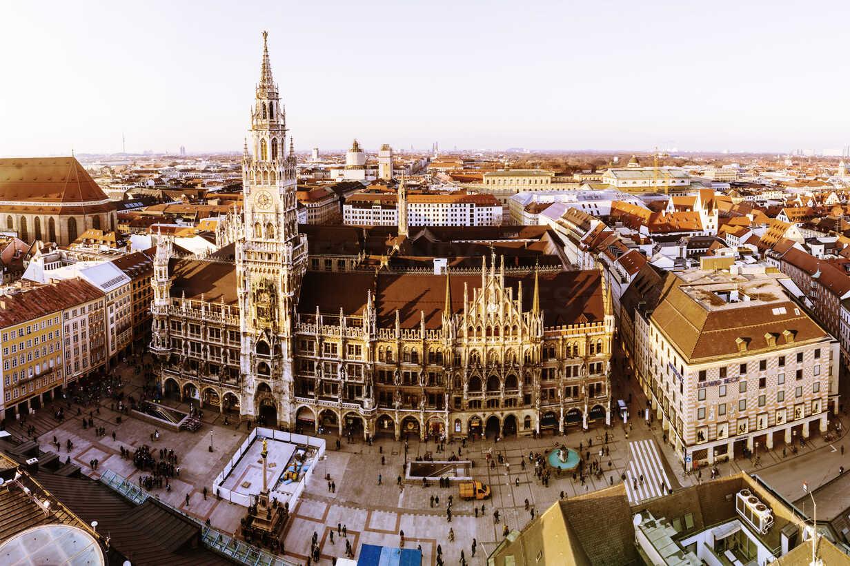 Germany, Bavaria, Munich, New City Hall at Marienplatz - ZMF000464 - Michael Zwahlen/Westend61